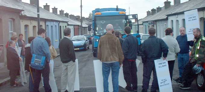 Bin truck blocked in Stoneybatter