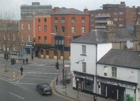 Leeson street and the Leeson Lounge