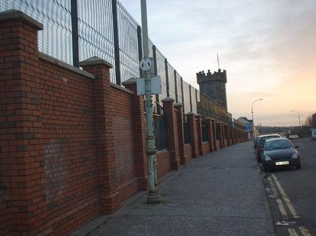 The peace line that surrounds the loyalist Fountain estate in Derry