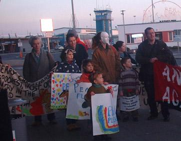 Kids at Shannon protest